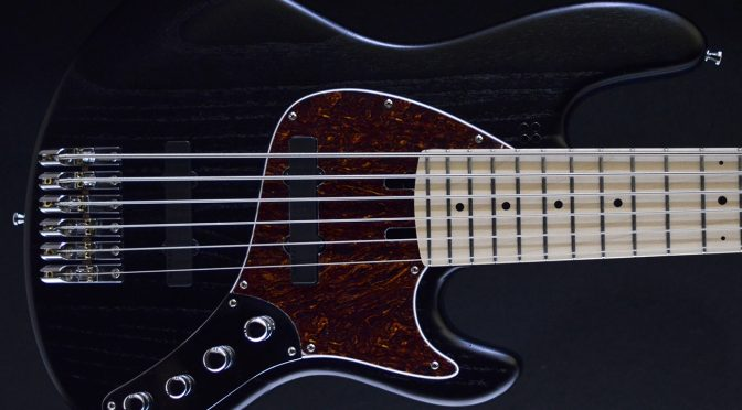 "Sandberg ""Superlight"" 6-String Bass – California II TT6 SL"
